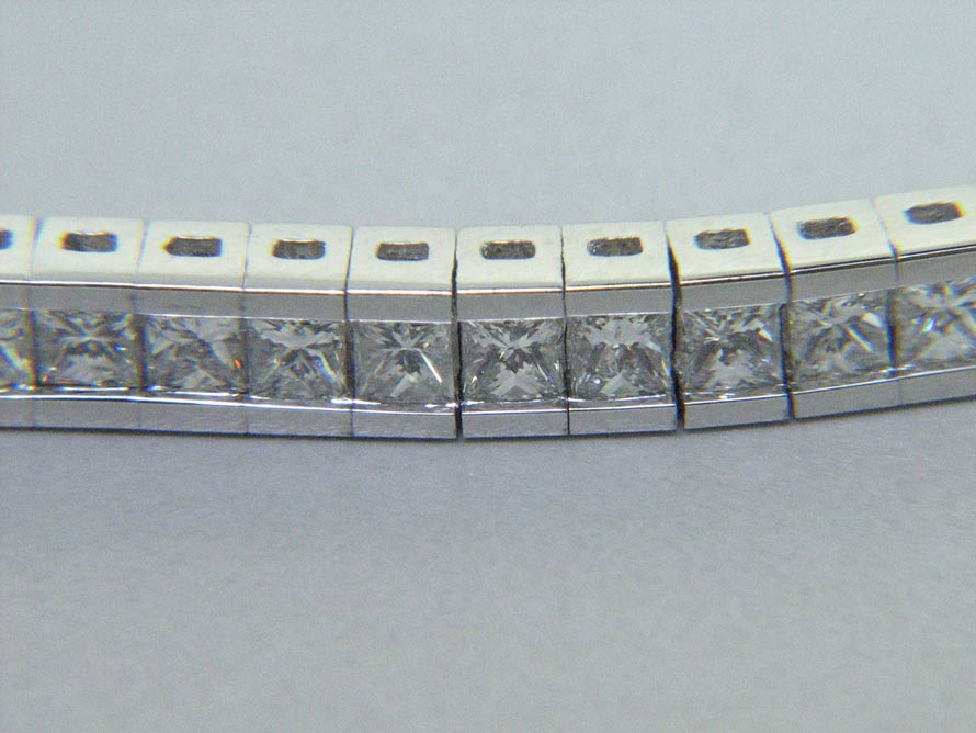 18K Princess Cut Diamond Eternity Bracelet