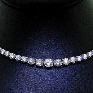 Amazing Brilliance in Classic Diamond Necklace
