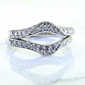 Ladies 18k Wrap Style Diamond Anniversary