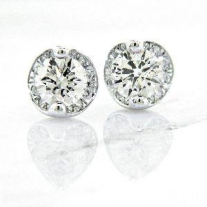 Amazing Diamond Stud Earrings