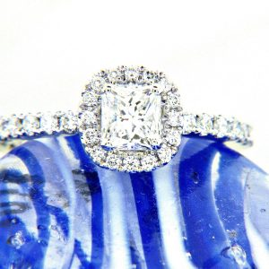 Ladies 18K Radiant Halo Engagement Ring 1.08ctw